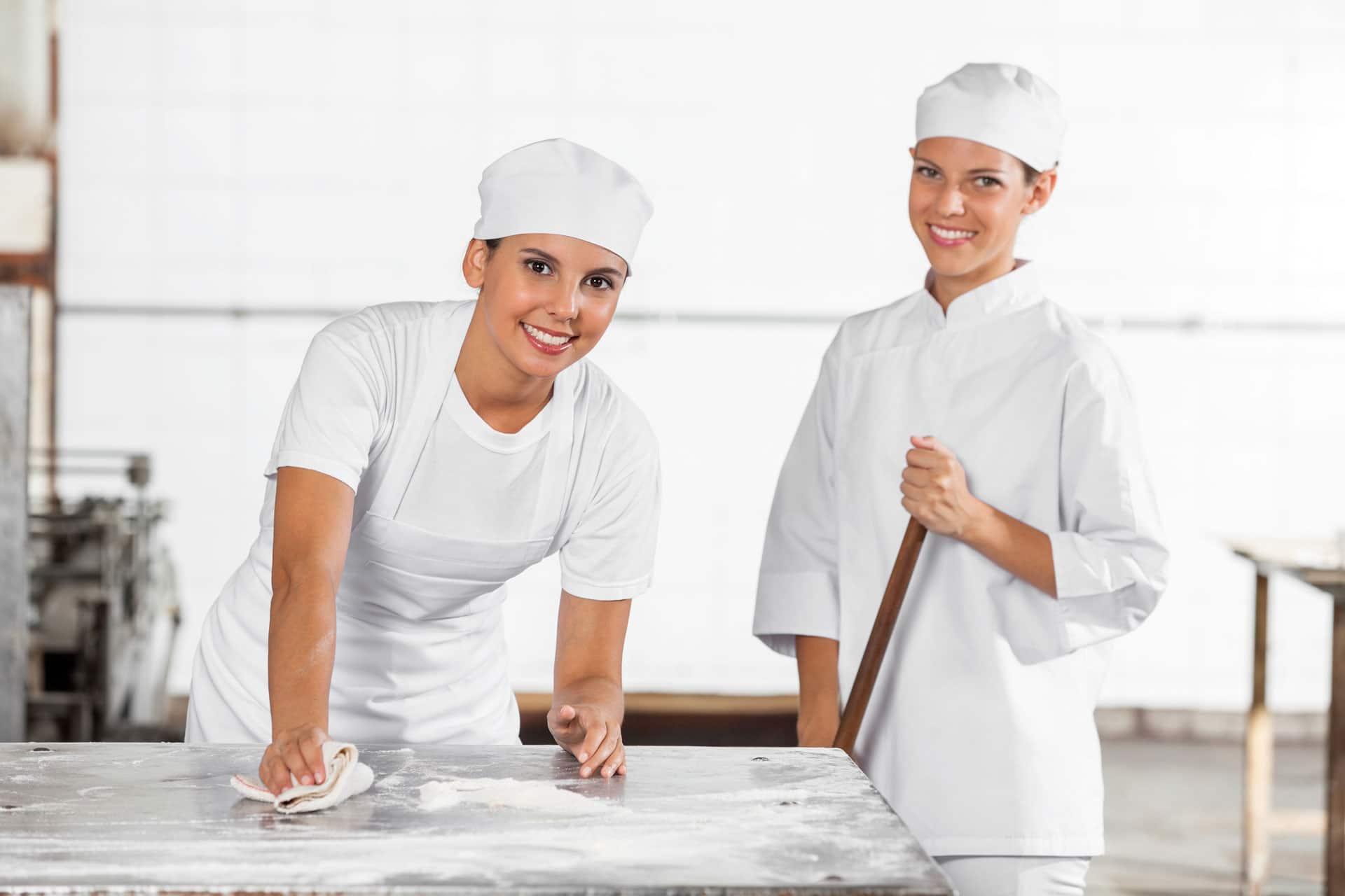 Professionelle Fettbeseitigungen | Reinigung gewerblicher Dunstabzugsanlagen